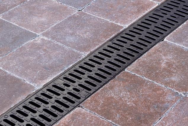 aco hexdrain driveway channel drain 138mm x 100mm x 1000mm. Black Bedroom Furniture Sets. Home Design Ideas